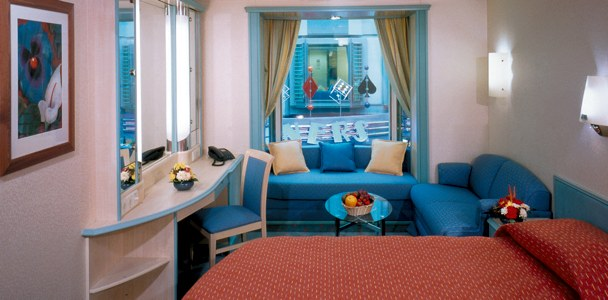 Voyager Class Com Pictures Of The Promenade Stateroom